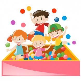 crianças com bolinhas